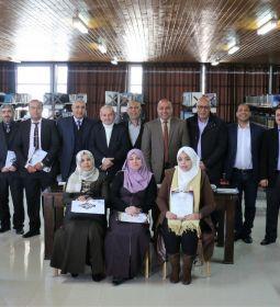 الإسراء تكرم الباحثين المشاركين بمؤتمرها الدولي جامعة الدول العربية والقضية الفلسطينية